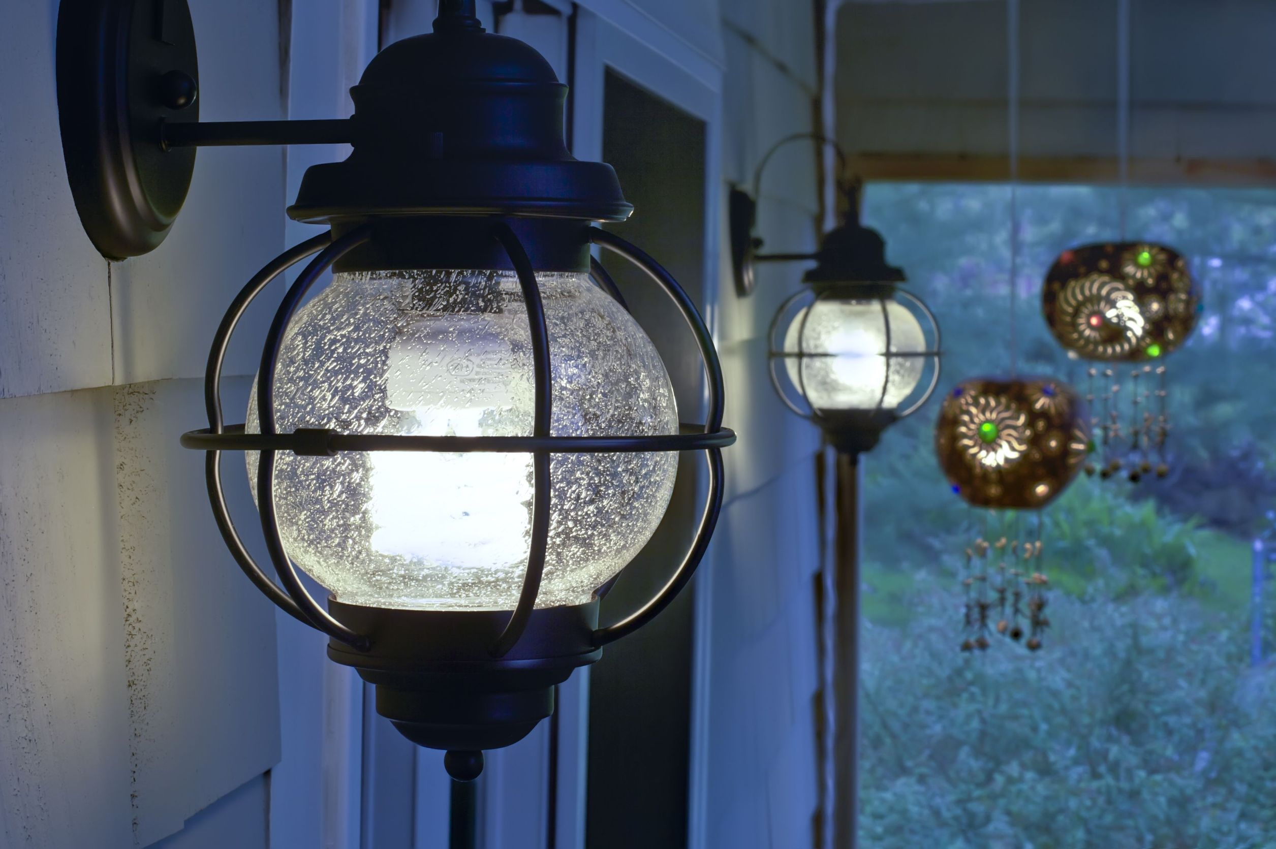 Invest wisely in exterior light fixtures premier lighting