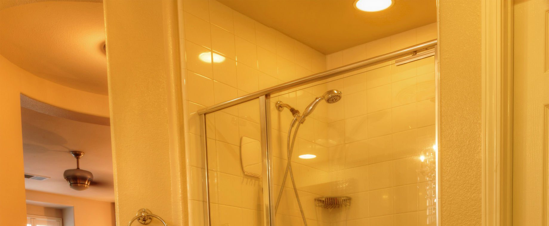 4 Ways To Use Recessed Lighting In Small Bathrooms